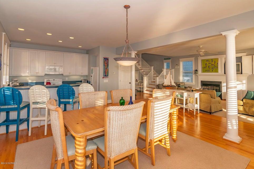 BHI (Bald Head Island) Real Estate - http://cdn.resize.sparkplatform.com/ncr/1024x768/true/20161116171201502011000000-o.jpg