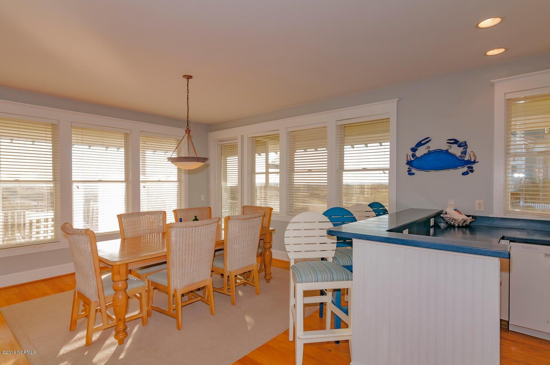 BHI (Bald Head Island) Real Estate - http://cdn.resize.sparkplatform.com/ncr/1024x768/true/20161116171209584881000000-o.jpg