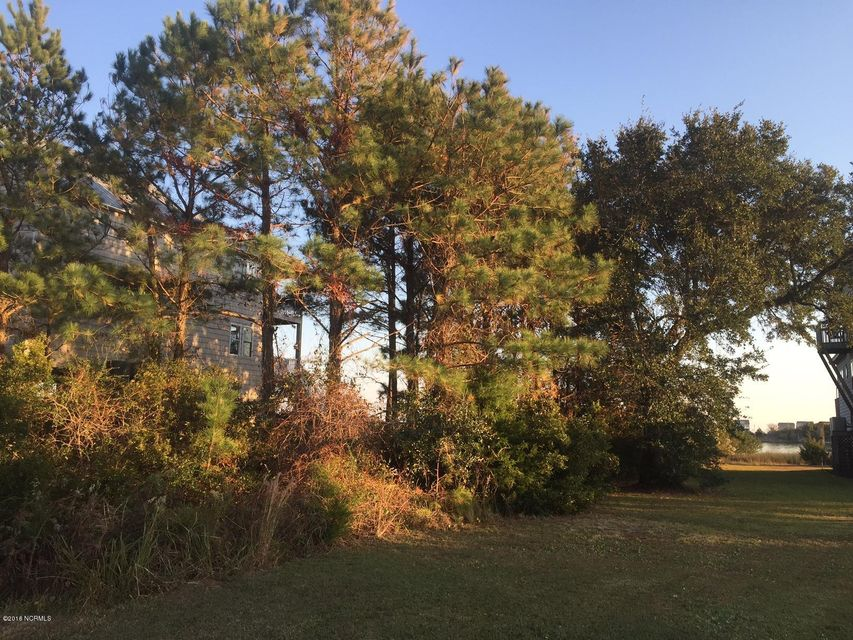 221 Waterway Drive, Sneads Ferry, NC 28460