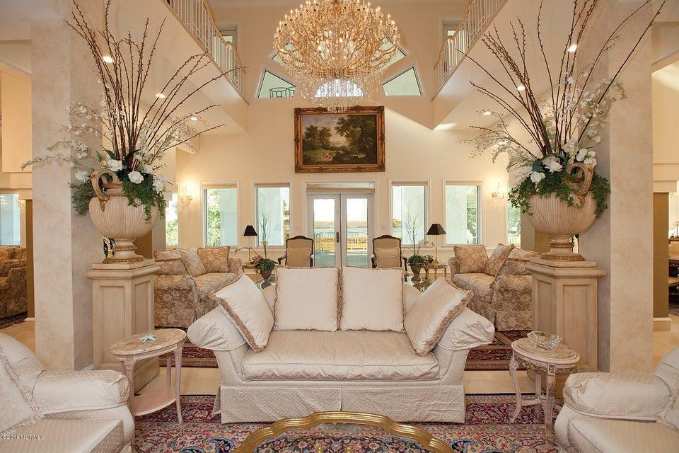 Masonboro Sound Real Estate - http://cdn.resize.sparkplatform.com/ncr/1024x768/true/20161120173316309813000000-o.jpg