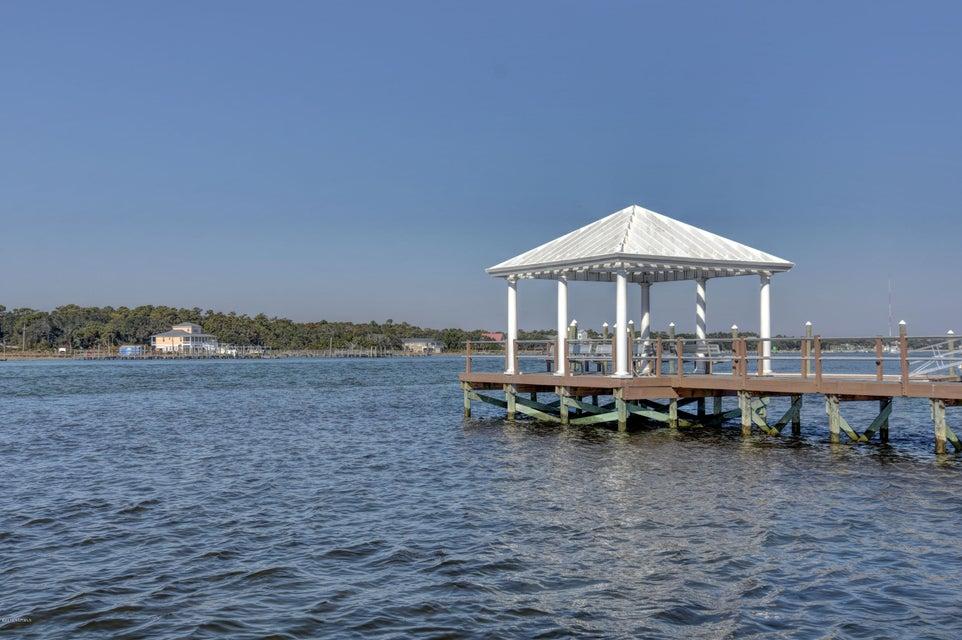 Oceana Real Estate - http://cdn.resize.sparkplatform.com/ncr/1024x768/true/20161123152103460578000000-o.jpg