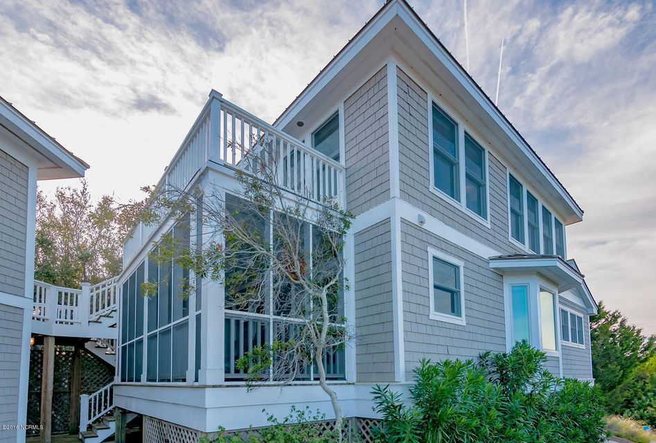 BHI (Bald Head Island) Real Estate - http://cdn.resize.sparkplatform.com/ncr/1024x768/true/20161209155624921373000000-o.jpg