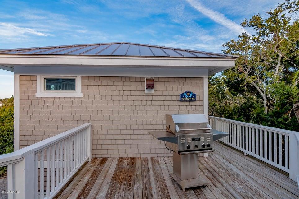 BHI (Bald Head Island) Real Estate - http://cdn.resize.sparkplatform.com/ncr/1024x768/true/20161209155640098246000000-o.jpg