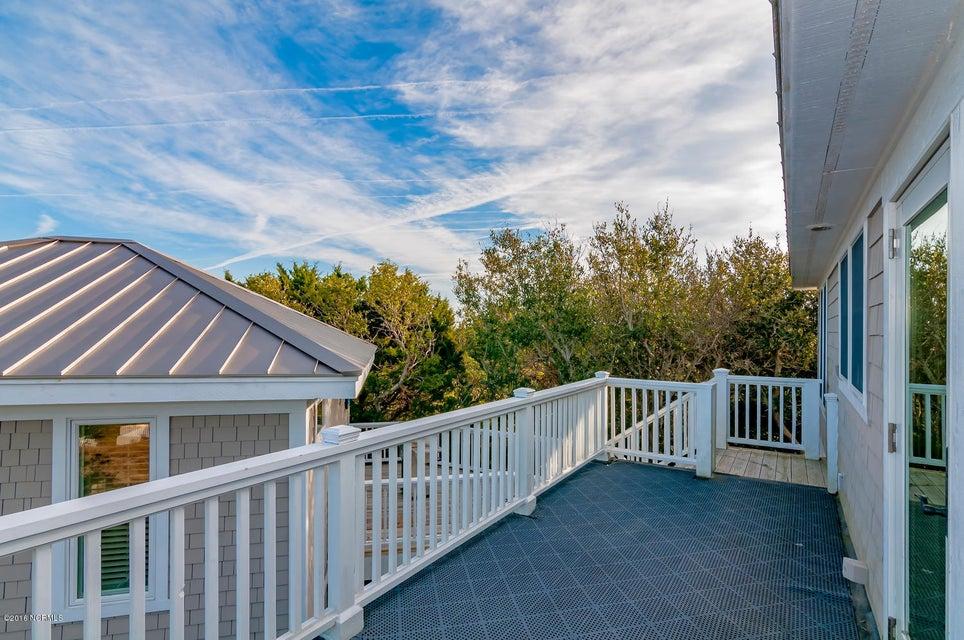 BHI (Bald Head Island) Real Estate - http://cdn.resize.sparkplatform.com/ncr/1024x768/true/20161209155642376903000000-o.jpg