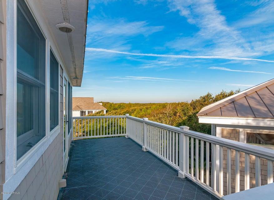 BHI (Bald Head Island) Real Estate - http://cdn.resize.sparkplatform.com/ncr/1024x768/true/20161209155647506670000000-o.jpg