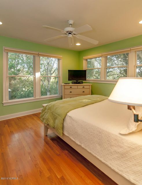 BHI (Bald Head Island) Real Estate - http://cdn.resize.sparkplatform.com/ncr/1024x768/true/20161209155653836397000000-o.jpg