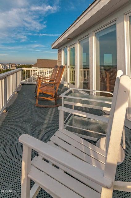 BHI (Bald Head Island) Real Estate - http://cdn.resize.sparkplatform.com/ncr/1024x768/true/20161209155721840973000000-o.jpg
