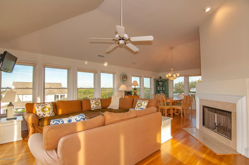 BHI (Bald Head Island) Real Estate - http://cdn.resize.sparkplatform.com/ncr/1024x768/true/20161209155737973293000000-o.jpg
