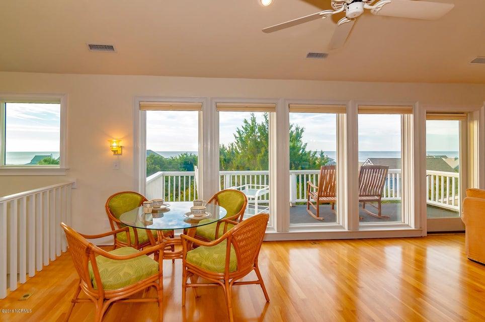 BHI (Bald Head Island) Real Estate - http://cdn.resize.sparkplatform.com/ncr/1024x768/true/20161209155742153117000000-o.jpg