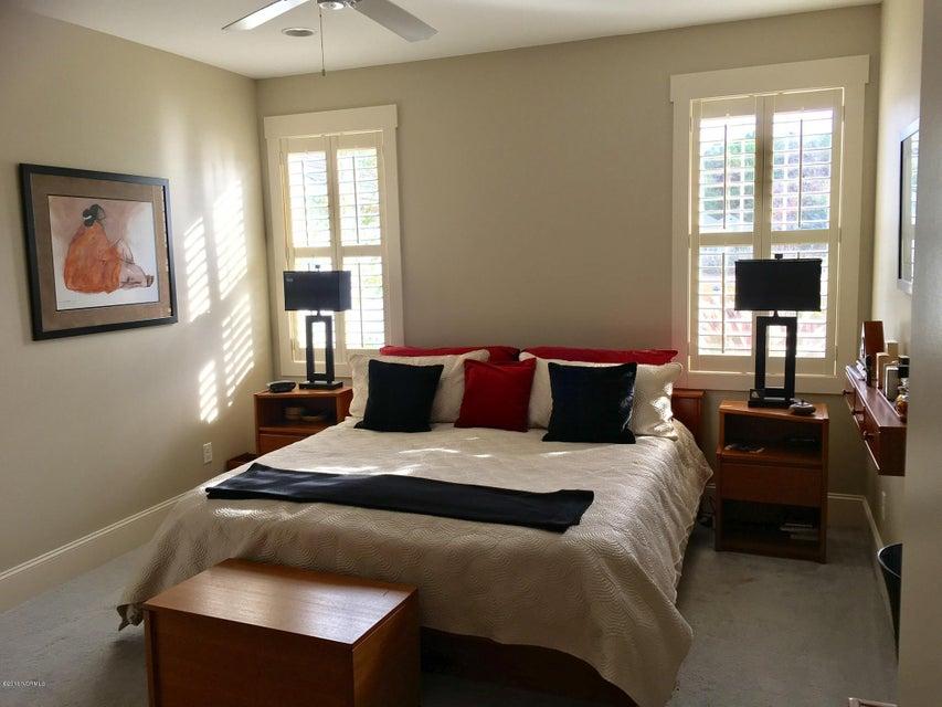 Cades Cove Real Estate - http://cdn.resize.sparkplatform.com/ncr/1024x768/true/20161212211248791521000000-o.jpg