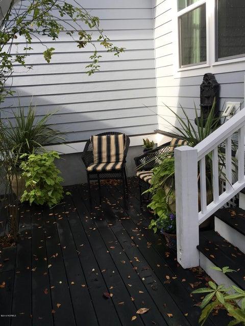 Cades Cove Real Estate - http://cdn.resize.sparkplatform.com/ncr/1024x768/true/20161213155732969559000000-o.jpg