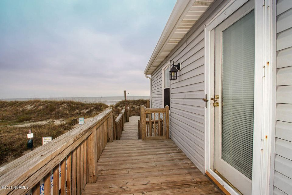 Tranquil Harbor Real Estate - http://cdn.resize.sparkplatform.com/ncr/1024x768/true/20161216142303862802000000-o.jpg