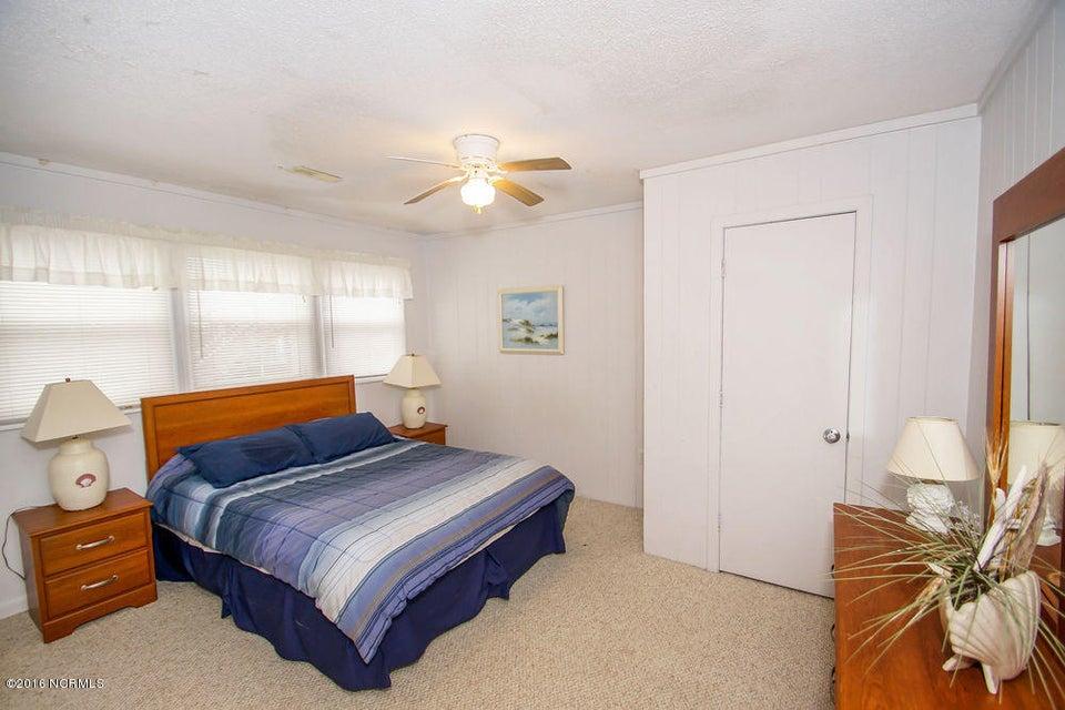 Tranquil Harbor Real Estate - http://cdn.resize.sparkplatform.com/ncr/1024x768/true/20161216142333703692000000-o.jpg