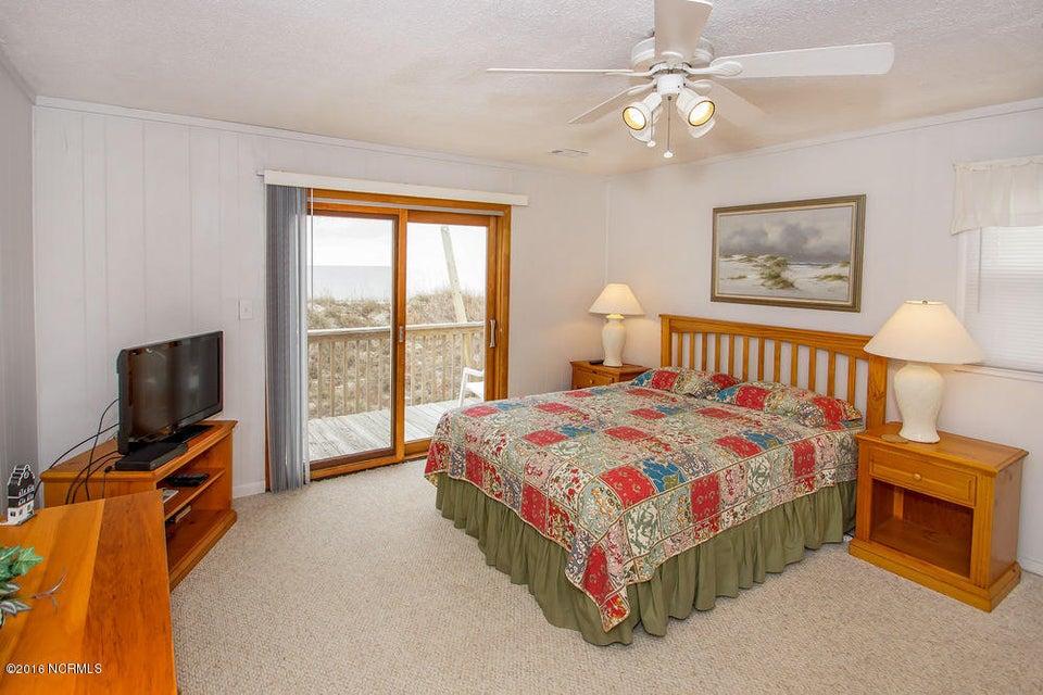 Tranquil Harbor Real Estate - http://cdn.resize.sparkplatform.com/ncr/1024x768/true/20161216142340646589000000-o.jpg