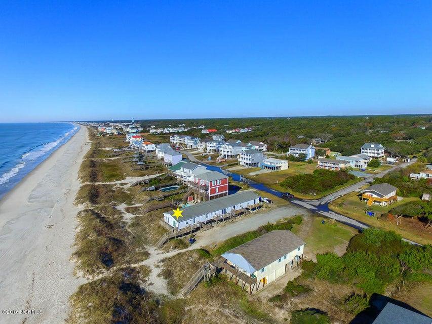 Tranquil Harbor Real Estate - http://cdn.resize.sparkplatform.com/ncr/1024x768/true/20161216142348561854000000-o.jpg