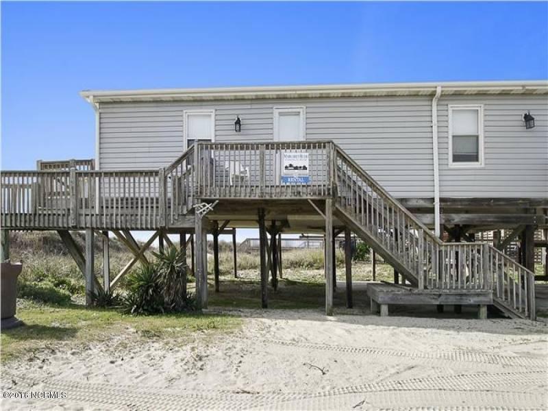 Tranquil Harbor Real Estate - http://cdn.resize.sparkplatform.com/ncr/1024x768/true/20161216142357208480000000-o.jpg