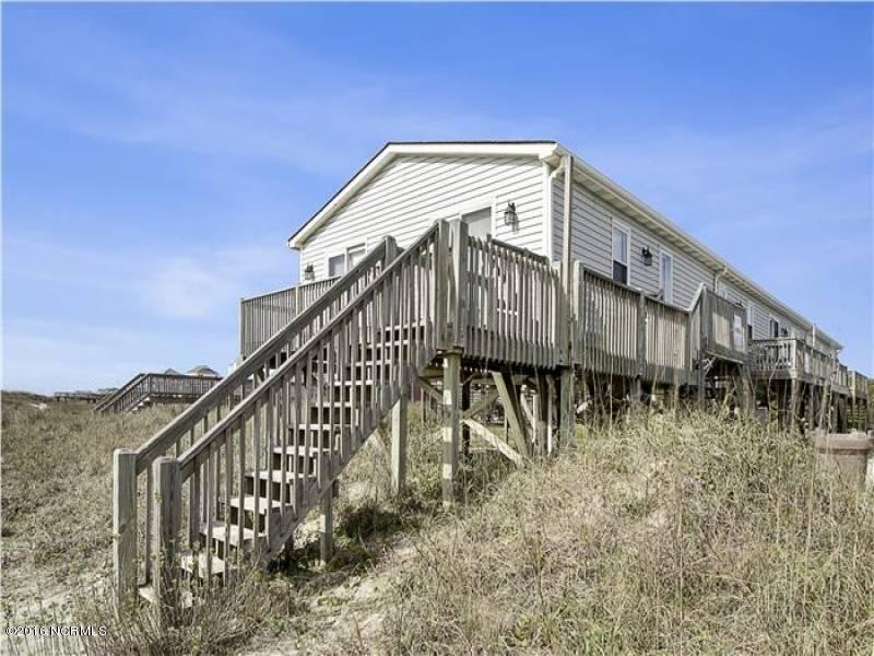 Tranquil Harbor Real Estate - http://cdn.resize.sparkplatform.com/ncr/1024x768/true/20161216142358534705000000-o.jpg