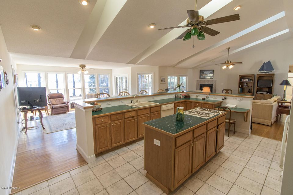 Property for sale at 52 Shore Drive, Oriental,  NC 28571