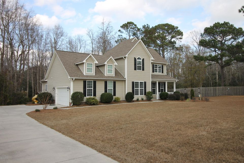 222 Egret Point Drive, Sneads Ferry, NC 28460