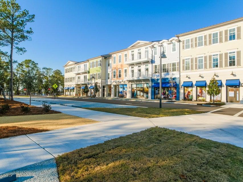 Riverlights Marina Village Real Estate - http://cdn.resize.sparkplatform.com/ncr/1024x768/true/20161219172755123874000000-o.jpg