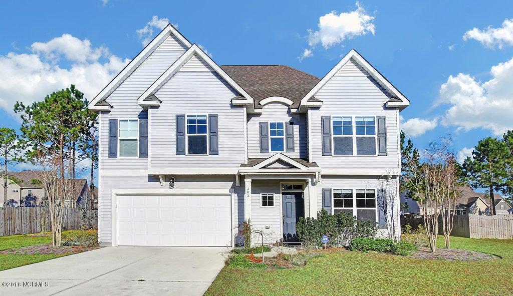305 Plymouth Lane, Holly Ridge, NC 28445