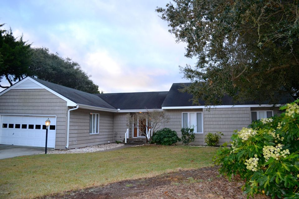 106 Cherry Court, Pine Knoll Shores, NC 28512