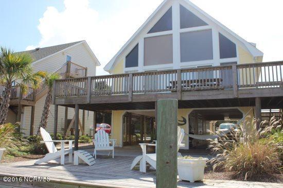 982 Gaye Avenue, Topsail Beach, NC 28445