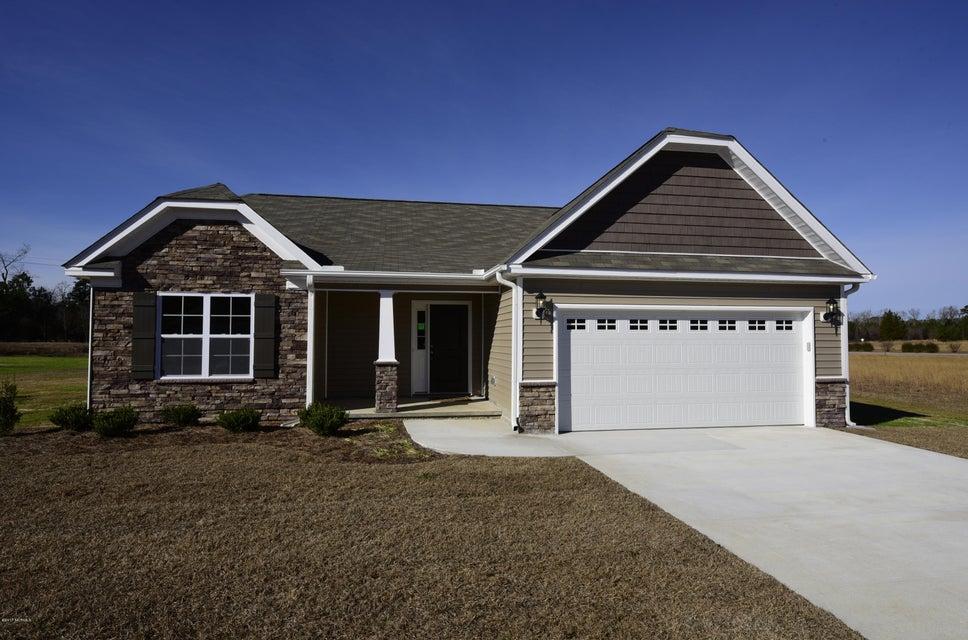 104 Trellis Lane, Vanceboro, NC 28586