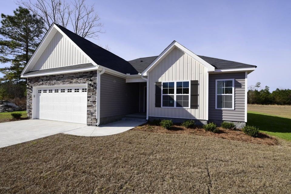 106 Trellis Lane, Vanceboro, NC 28586