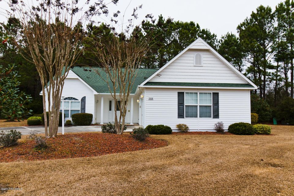 209 Morningstar N, Swansboro, NC 28584