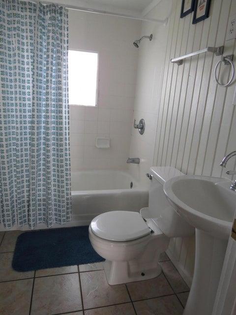 E. Long Beach Real Estate - http://cdn.resize.sparkplatform.com/ncr/1024x768/true/20170118223810741715000000-o.jpg