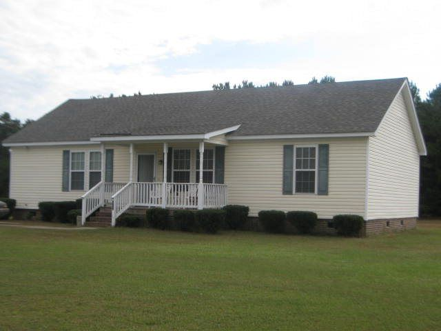 Property for sale at 202 Bruton Craft Lane, Pinetops,  NC 27864