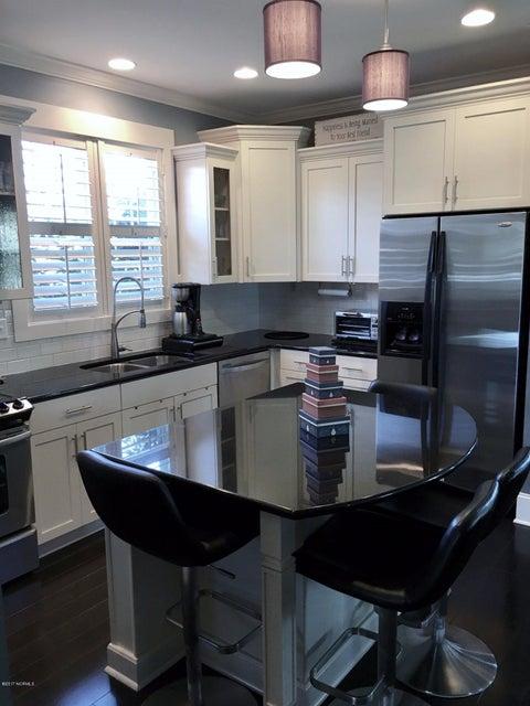 Cades Cove Real Estate - http://cdn.resize.sparkplatform.com/ncr/1024x768/true/20170126172448051890000000-o.jpg