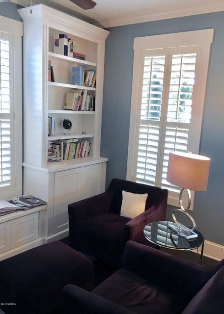 Cades Cove Real Estate - http://cdn.resize.sparkplatform.com/ncr/1024x768/true/20170126172542247564000000-o.jpg