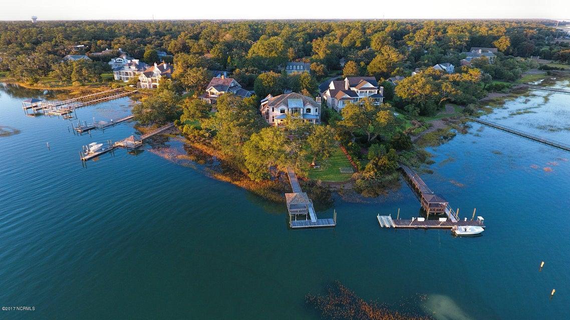 Bradley Creek Point Real Estate - http://cdn.resize.sparkplatform.com/ncr/1024x768/true/20170127223212693974000000-o.jpg