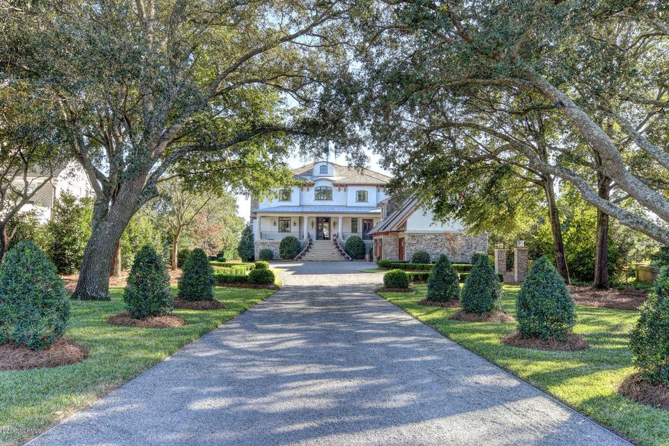 Bradley Creek Point Real Estate - http://cdn.resize.sparkplatform.com/ncr/1024x768/true/20170127223321499376000000-o.jpg