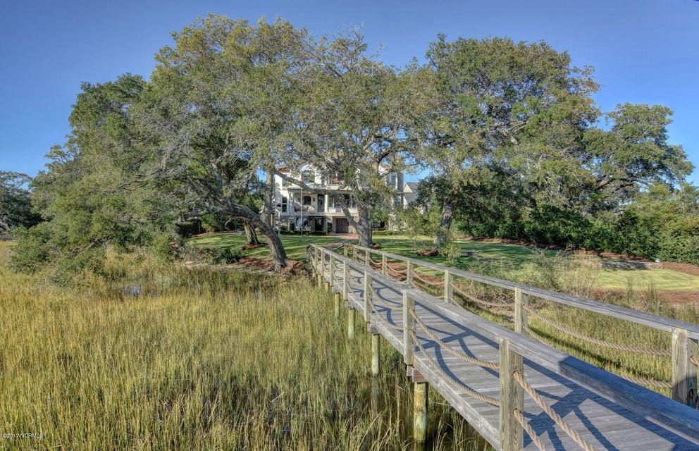 Bradley Creek Point Real Estate - http://cdn.resize.sparkplatform.com/ncr/1024x768/true/20170127223428803239000000-o.jpg
