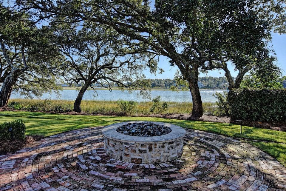 Bradley Creek Point Real Estate - http://cdn.resize.sparkplatform.com/ncr/1024x768/true/20170127223511874892000000-o.jpg