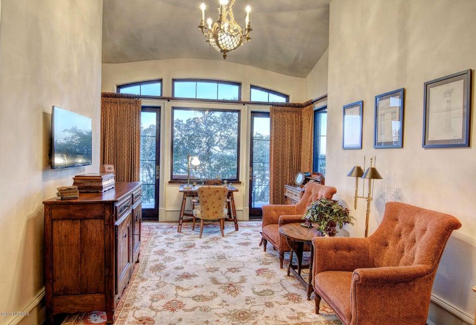 Bradley Creek Point Real Estate - http://cdn.resize.sparkplatform.com/ncr/1024x768/true/20170127224024936375000000-o.jpg