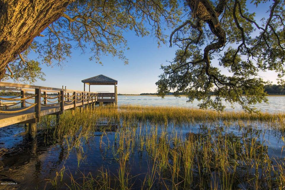 Bradley Creek Point Real Estate - http://cdn.resize.sparkplatform.com/ncr/1024x768/true/20170127224155430375000000-o.jpg