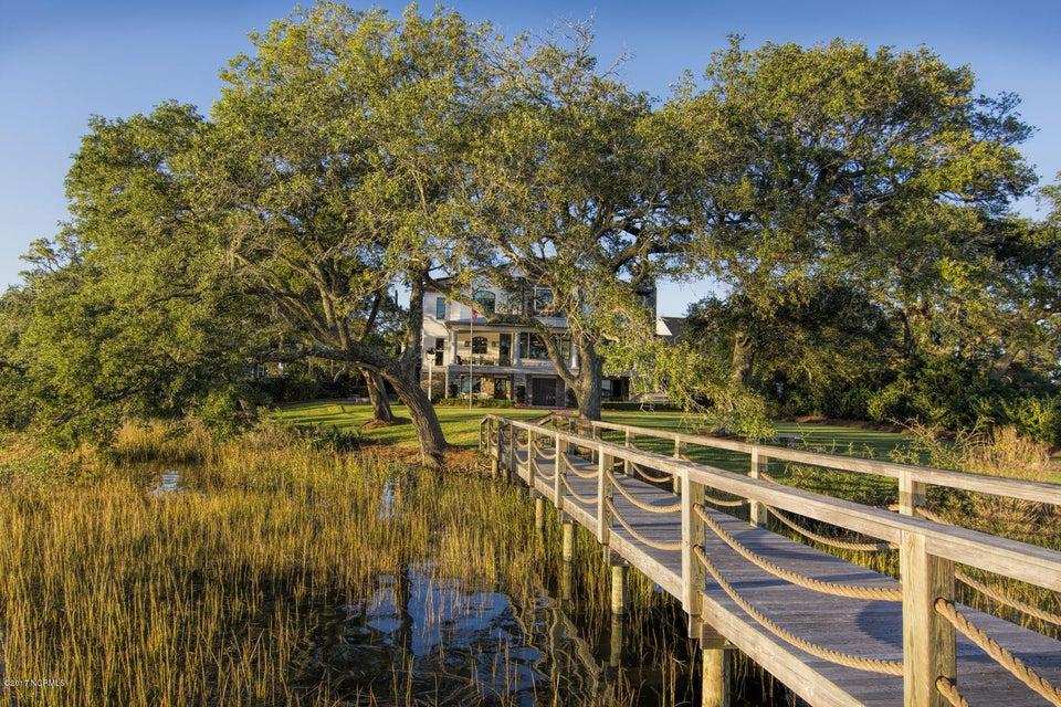 Bradley Creek Point Real Estate - http://cdn.resize.sparkplatform.com/ncr/1024x768/true/20170127224220393290000000-o.jpg