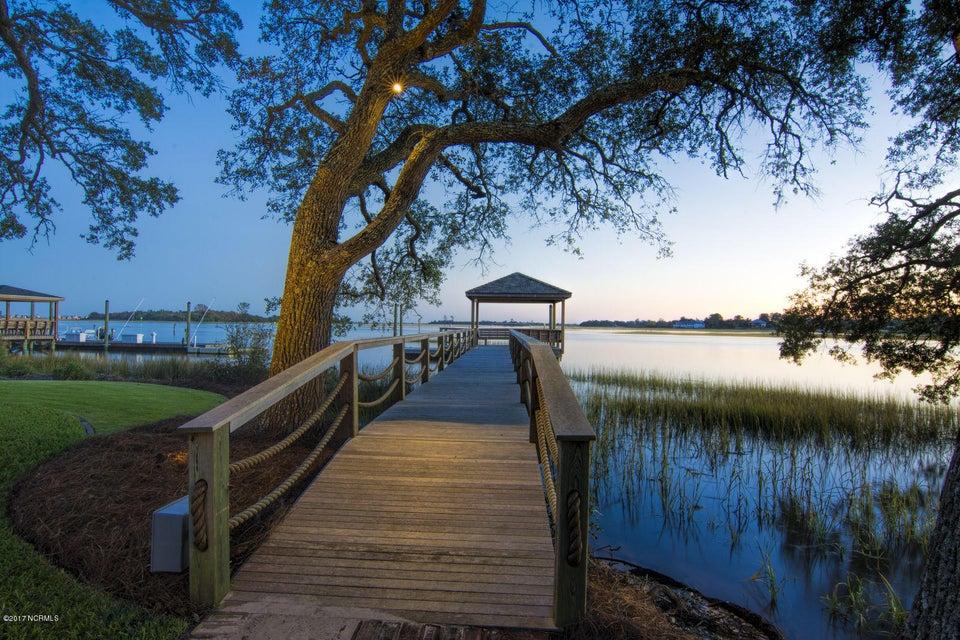 Bradley Creek Point Real Estate - http://cdn.resize.sparkplatform.com/ncr/1024x768/true/20170127224249037845000000-o.jpg