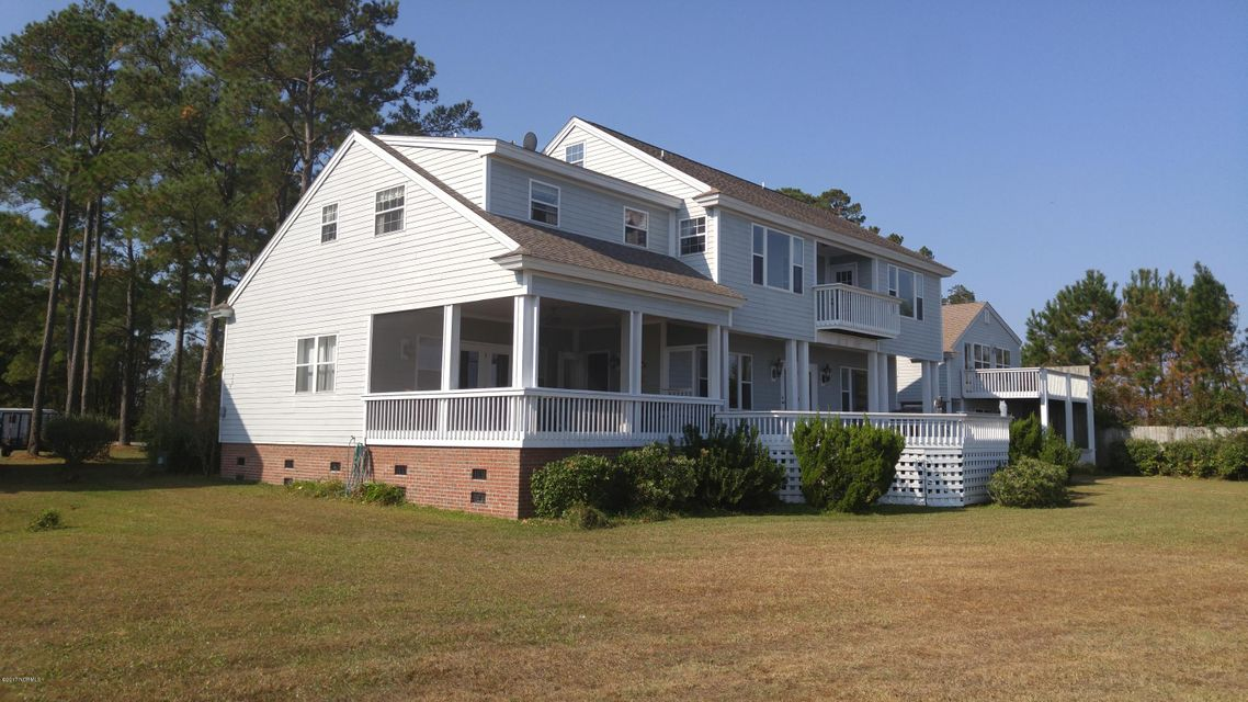 150 Old Ferry Road, Sneads Ferry, NC 28460