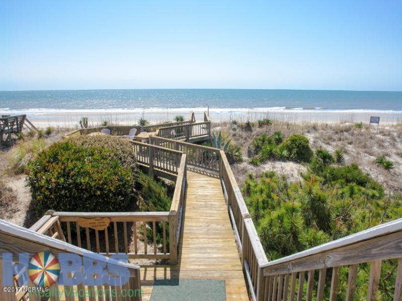 Colonial Beach Real Estate - http://cdn.resize.sparkplatform.com/ncr/1024x768/true/20170131203926905304000000-o.jpg