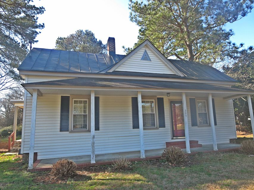 Property for sale at 305 W Pippen Street, Whitakers,  NC 27891
