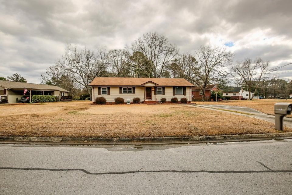 610 Dennis Road, Jacksonville, NC 28546