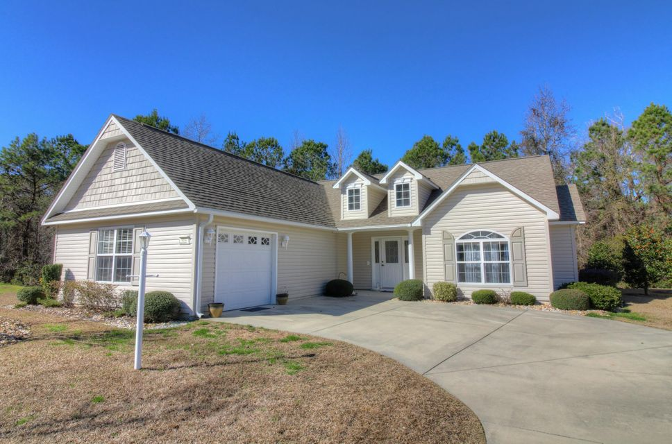 904 Meadowbrook S, Swansboro, NC 28584