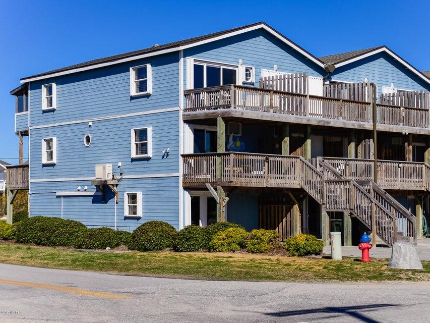 1344 Ocean Boulevard 1, Topsail Beach, NC 28445