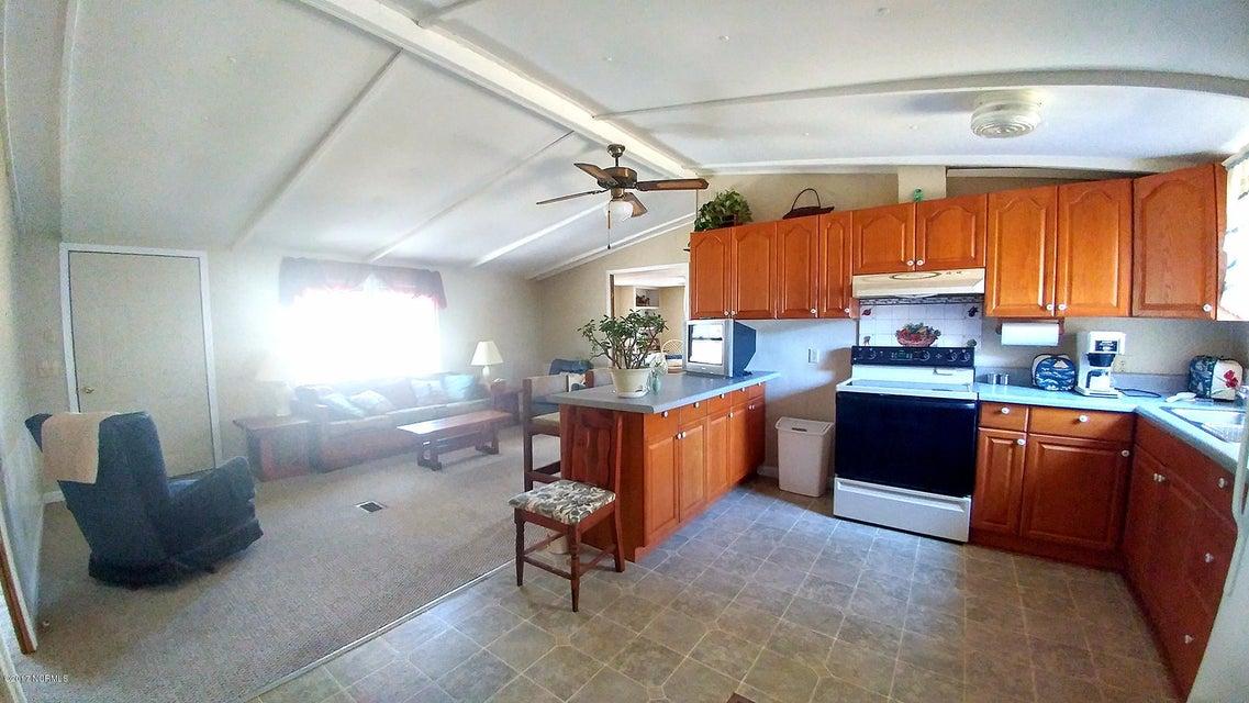 Long Acres Real Estate - http://cdn.resize.sparkplatform.com/ncr/1024x768/true/20170203214849305959000000-o.jpg