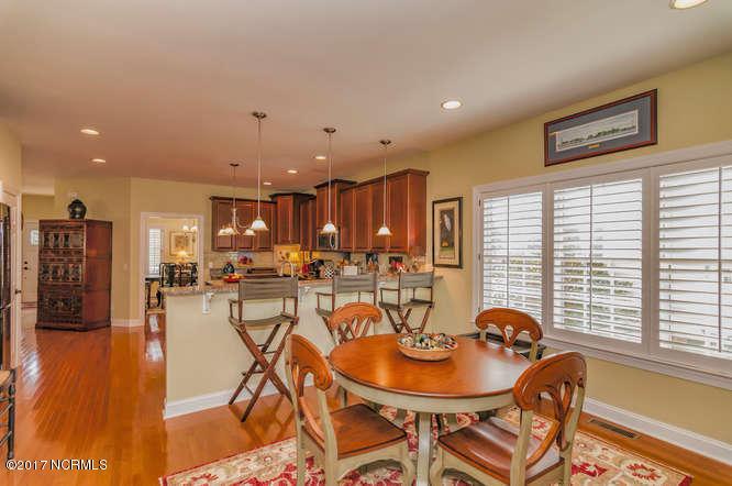 Cades Cove Real Estate - http://cdn.resize.sparkplatform.com/ncr/1024x768/true/20170210200922542862000000-o.jpg